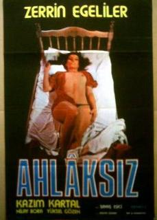 Ahlaksız Zerrin egeliler erotik ensest film izle | HD